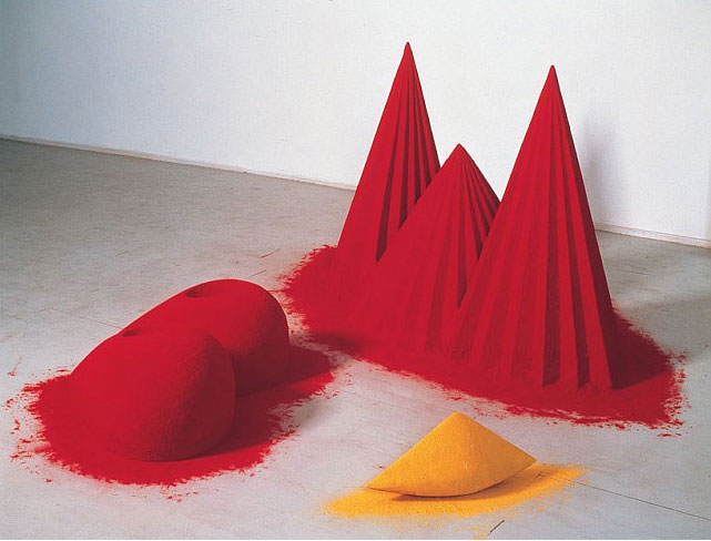 Anish Kapoor, As If To Celebrate I Discovered a Mountain Red Flowers (1981, Mixed media: wood, cement, polystyrene, pigment, 107 x 305 x 305 cm overall.) Collection: Tate. Image © Anish Kapoor. Image supplied by Anish Kapoor Studio. Permission to use image obtained from Anish Kapoor Studio via Lisson Gallery.